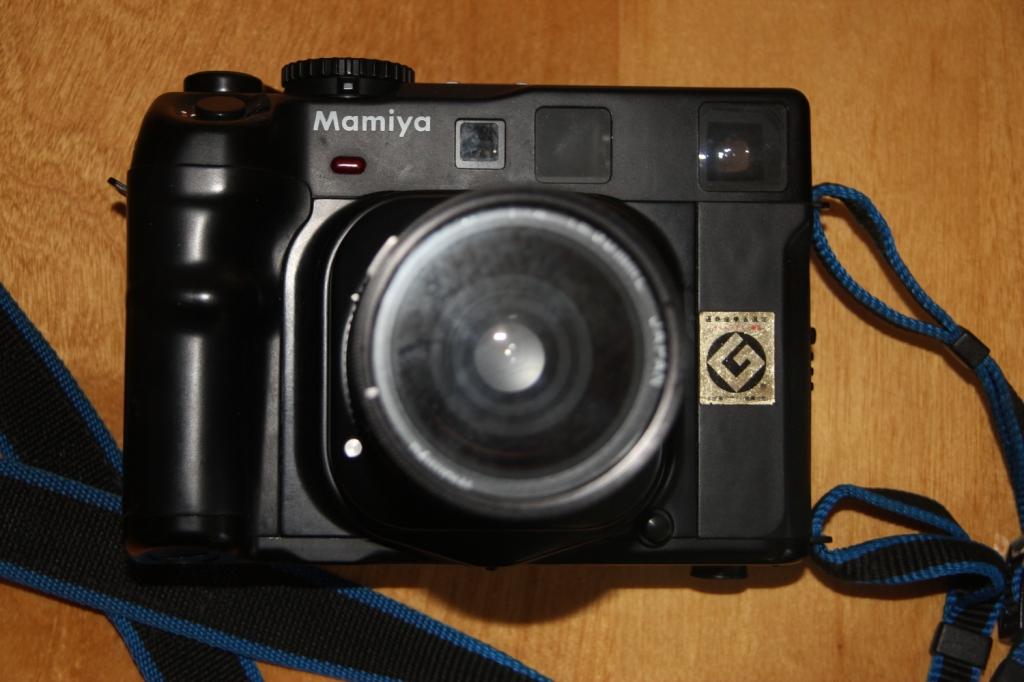 Mamiya 6 camera