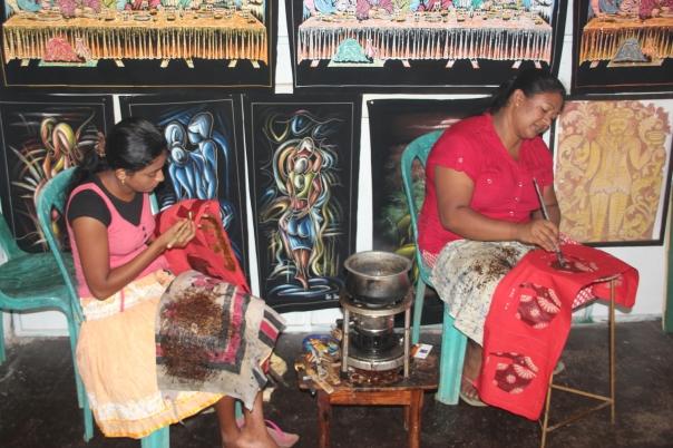 Batik artisans, Sigiriya village