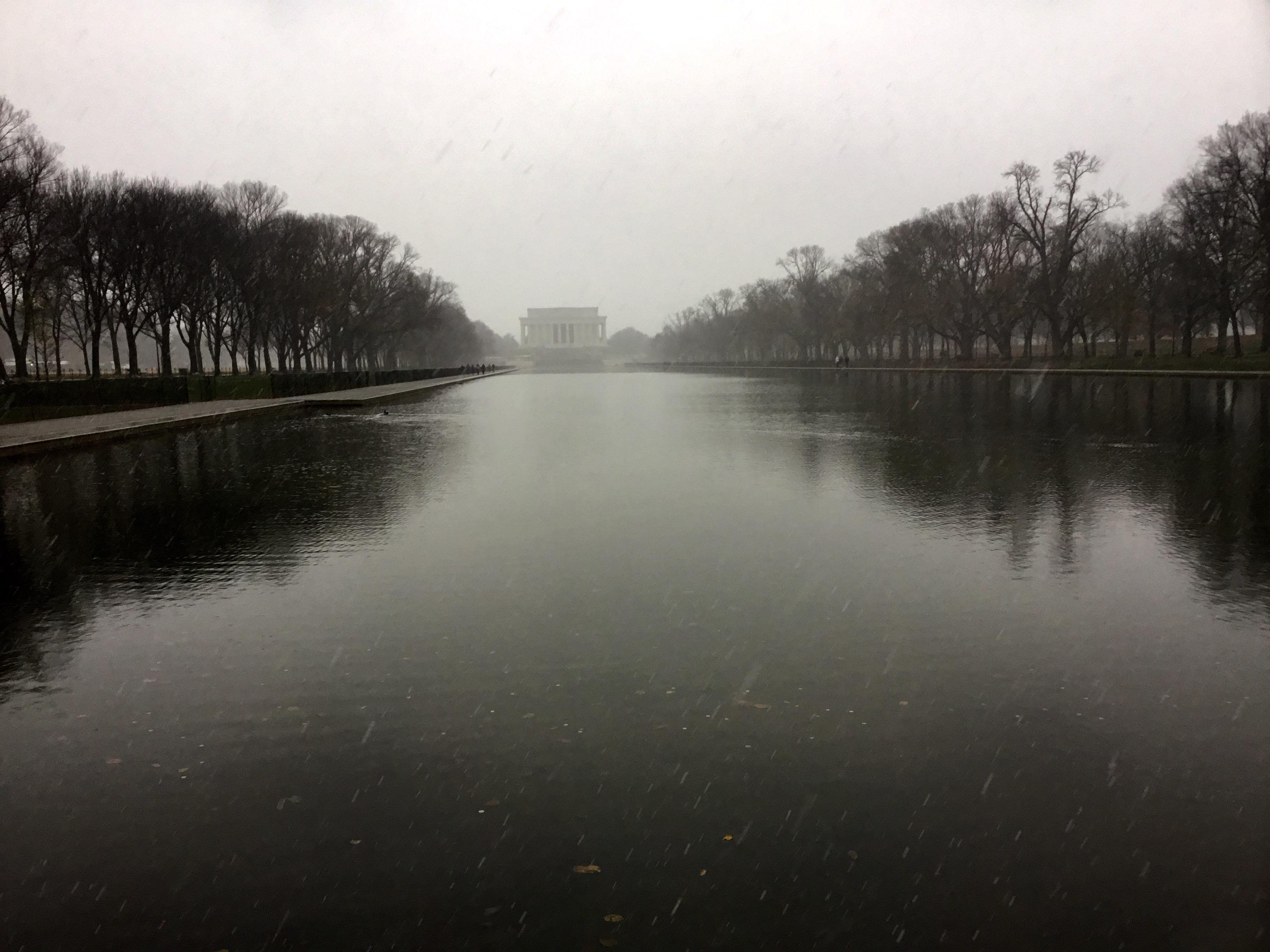 First snow of the season, Washington, DC
